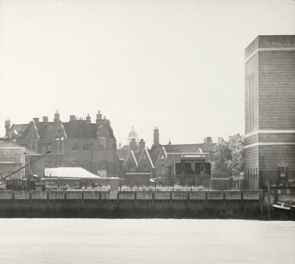 Section of the Thames Riverscape around Deptford : 1937