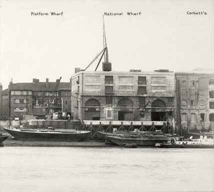Thames Riverscape showing Platform Wharf, National Wharf and Corbetts Wharf : 1937