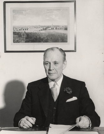 Sir Leslie Ford, PLA General Manager: 1946