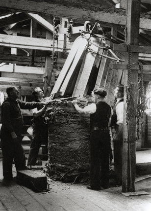 Tobacco at Royal Victoria Dock: 1930