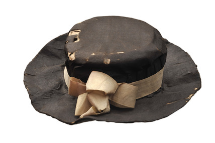A Paper and silk hat  for artist's lay figure: 18th century