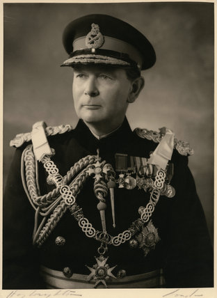 Sir Reginald Hewetson