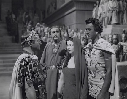 Claude Rains; Cecil Parker, Vivien Leigh and Stewart Granger in 'Caesar and Cleopatra'