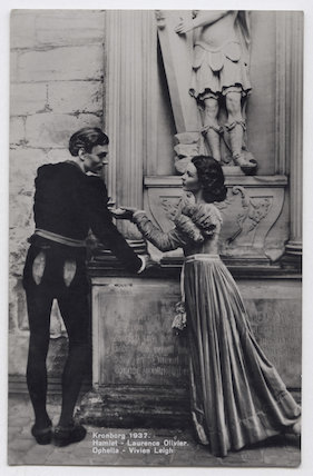 Laurence Olivier as Hamlet and Vivien Leigh as Ophelia in 'Hamlet'
