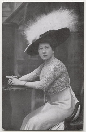 Marie Tempest in 'Penelope'
