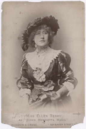 Ellen Terry as Queen Henrietta Maria in 'Charles I'