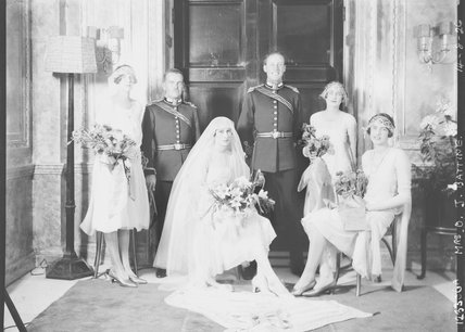 Oswald James Battine, Audrey Winifred Battine (née Magee) and wedding party