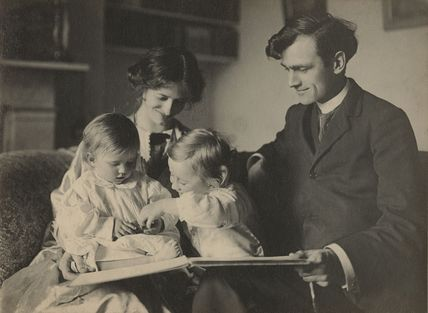 Sylvia Lynd; Robert Lynd and their two daughters