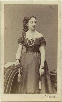 Princess Marie Isabelle of Orléans, Countess of Paris