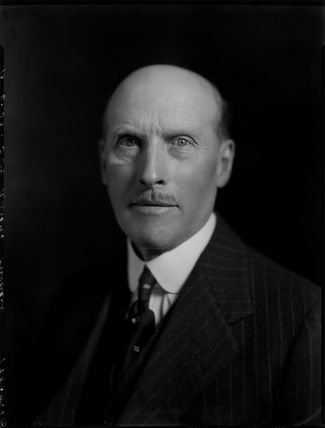 Sir Robert Carminowe Michell