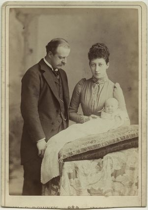 The Duke and Duchess of Fife with their daughter, Princess Maud