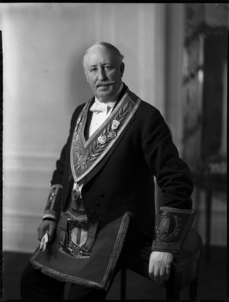 Sir (Thomas) Vansittart Bowater, 1st Bt