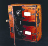 Moy 35mm cine camera, 1909.