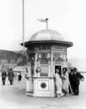 Enquiry Office on Llandudno seafront, Wales, 1929.