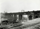 High Level Bridge in Newcastle-upon-Tyne, l9th century.
