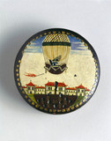 Snuff box decorated with ballooning scene, late 18th century.