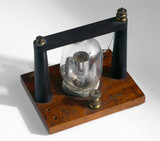 Diode valve, early 20th century.