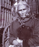 Old Romany woman smoking a pipe, c 1900s. W