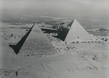 HP42 G-AAUD 'Hanno' flying over the pyramids on the Cairo sector, 1930s.