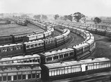 Broad gauge carriages, about 1895