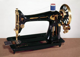 Singer 66 oscillating-hook lock-stitch sewing machine, 1908.