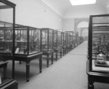 Upper Western Galleries, Science Museum, London, 1913.