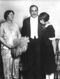 Herbert George Wells with his wife and daughter, 1920s.