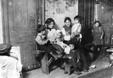 Immigrant mothers with their children, New York, c 1908-1918.