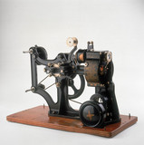 Pathe KOK 28mm projector, French, c 1912.