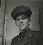 Portrait of Edward Malindine in military uniform.