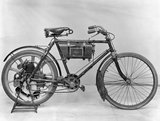 Singer 1.75 hp motor cycle, 1901.