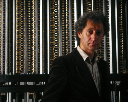 Doron Swade with Babbage's Difference Engine No 2, 2000.