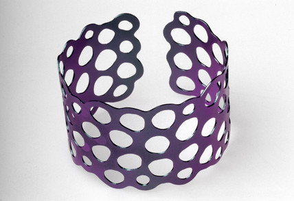 Shot green/purple tantalum bangle, 1976.