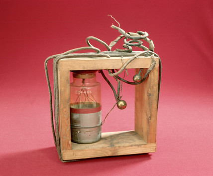 Marconi's first tuned transmitter, 1897.