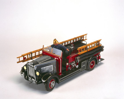 Leyland 'New World' motor fire engine, 1936.