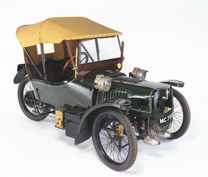 Morgan Sports three-wheeled cyclecar, 1913.