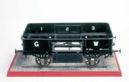 Steel wagon, c 1902. Model (scale 1:8). Thi