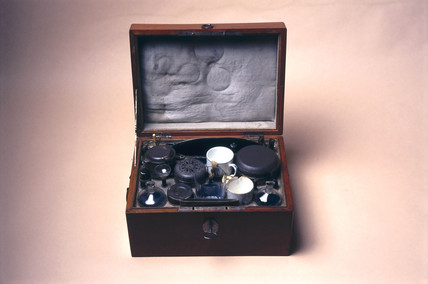 Barber surgeon's case, French, c 1715-1830.
