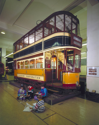 Glasgow Corporation Tram Car no 585, 1901.
