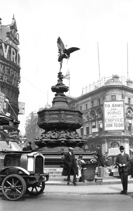 Statue of Eros, Piccadilly Circus, London, c 1914-1918.