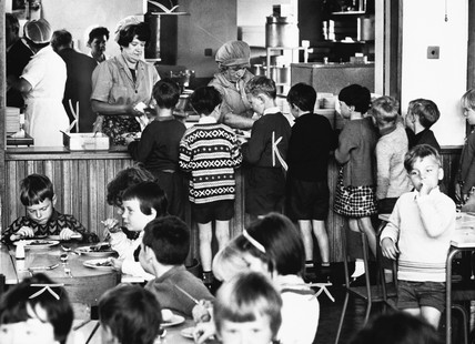 Children queuing for school dinner, July 19