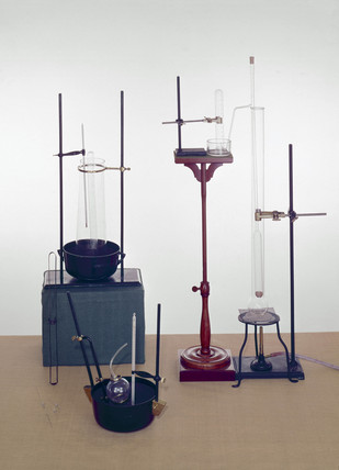 Victor Meyer's vapour density apparatus, 1878.