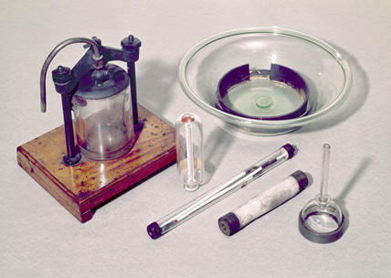 Apparatus used by the chemist Thomas Graham, c 1860s.