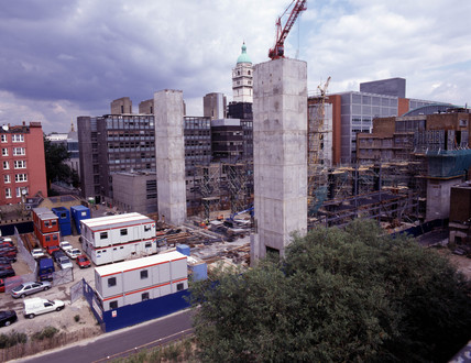 Construction of the Wellcome Wing, Science Museum, London, 1998.