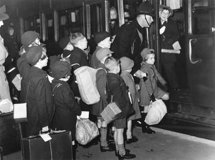Child Evacuees Depart 14 December 1939 At Science And