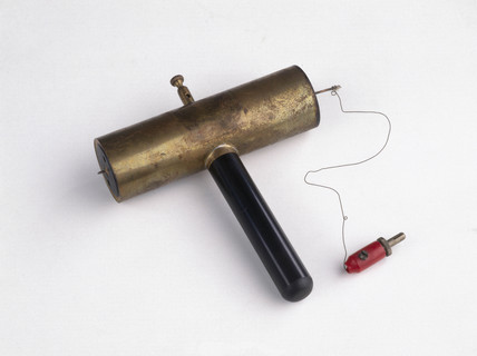 Early Geiger counter, made by Hans Geiger, 1932.