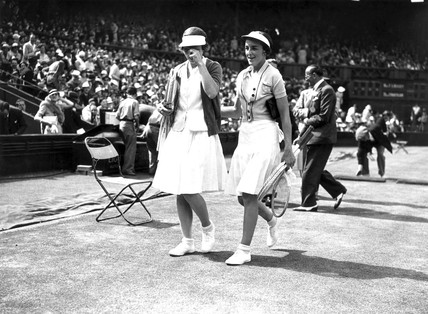 Helen Wills Moody and Joan Hartigan at Wimbledon, 4 July 1935.