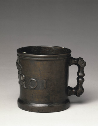 Bronze Exchequer Standard Winchester Pint measure, 1601.