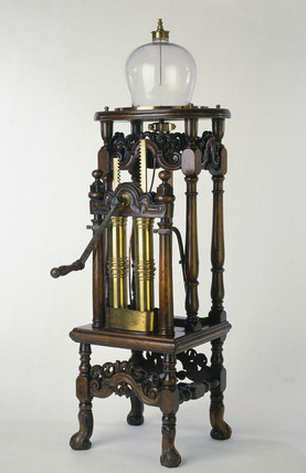 Hauksbee's air pump, c 1709.