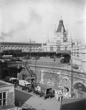 Bristol Temple Meads Station as seen from the GWR's old Control Office, 1934.